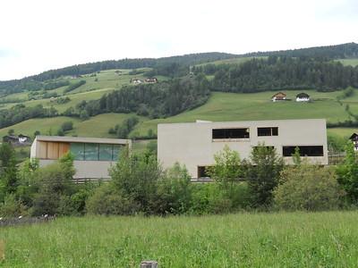 Naturparkzentrum, Grundschule und –Kindergarten in St. Magdalena, CH 2009Architekt: Burger Rudacs Architekten, MünchenFoto: Steffi Lenzen, München