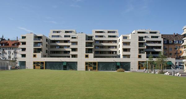 Wohn- und Geschäftshaus in Zürich (CH), pool Architekten 2010: Ansicht von Norden
