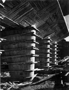 Unité d'Habitation Marseille. Vierter Sektor der Plattform, 24.32, die Pilotis sind noch eingeschalt. Fotografie, vermutlich vom 15. November 1948. ©2014 FLC, VG Bild-Kunst, Bonn