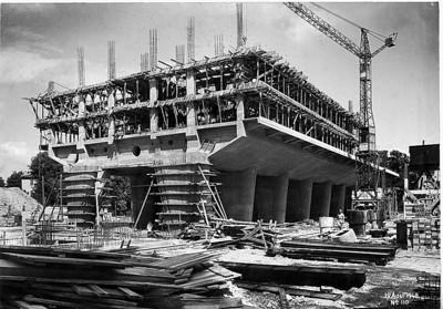 Unité d'Habitation Marseille. Zweiter Sektor (8.16) der Plattform nach Abnahme der Schalung, Fotografie vom 19. August 1948. ©2014 FLC, VG Bild-Kunst, Bonn