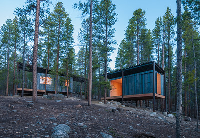 16 ColoradoBuildingWorkshop, Micro Cabins, Leadville, Colorado (USA) Cabins in the Rocky Mountains | Berghütten in den Rocky Mountains. Architekten:  ColoradoBuildingWorkshop