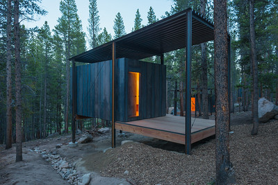 15 ColoradoBuildingWorkshop, Micro Cabins, Leadville, Colorado (USA) Cabins in the Rocky Mountains | Berghütten in den Rocky Mountains. Architekten:  ColoradoBuildingWorkshop