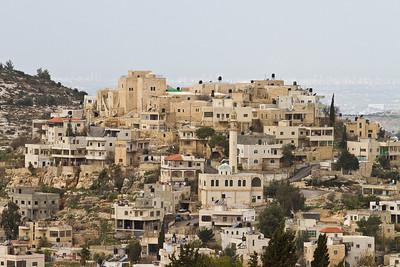 06 THRON-DORF. Ras Karkar- Samhan Burg, Palästina