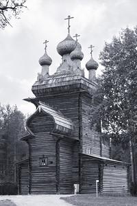 02 HOLZKIRCHE. Freilichtmuseum für Holzarchitektur Malye Korely, Russland