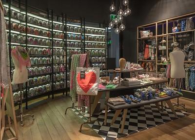 Codello, Shop-in-Shop MünchenBuero Philipp Moeller@ Deniz Kalkavan
