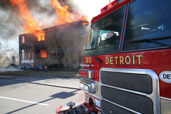Box Alarm Dexter and the Southbound Lodge Service Drive December 2014