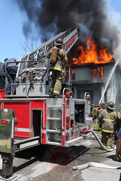 Detroit Fire Department Box Alarm Mack and Bewick June 2013