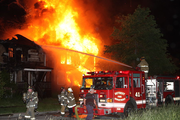 Detroit Fire Department Box Alarm Kerchival and Holcomb June 18, 2013