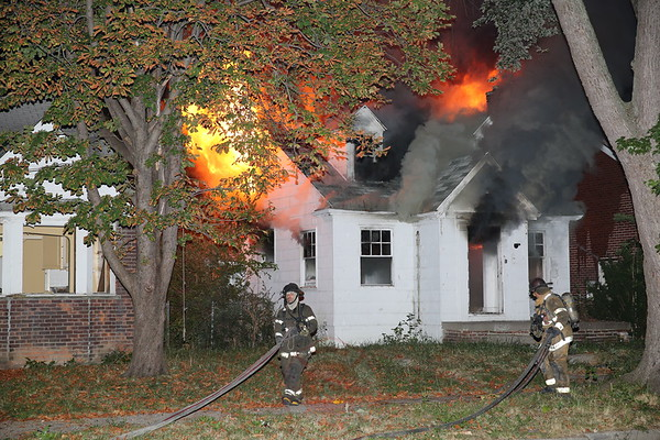 Detroit Fire Department Box Alarm Parkgrove and Hayes September 7,  2013