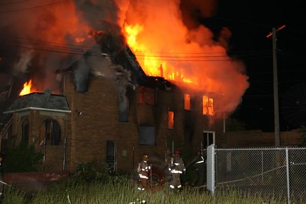Detroit Fire Department Box Alarm Grand River & Marlow July 28, 2008