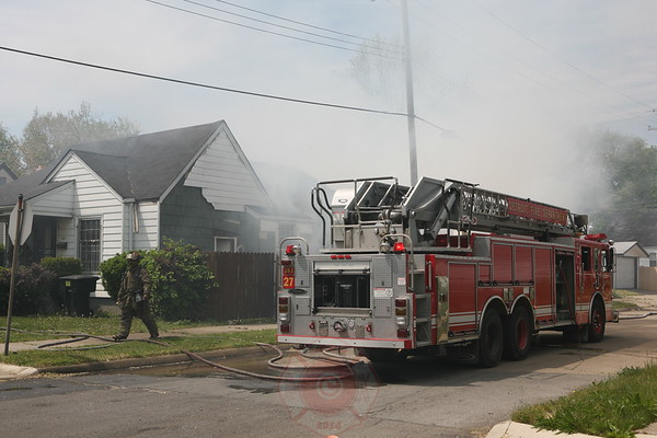 Detroit Fire Department Dwelling Fire Van Buren & Westwood May 26, 2008