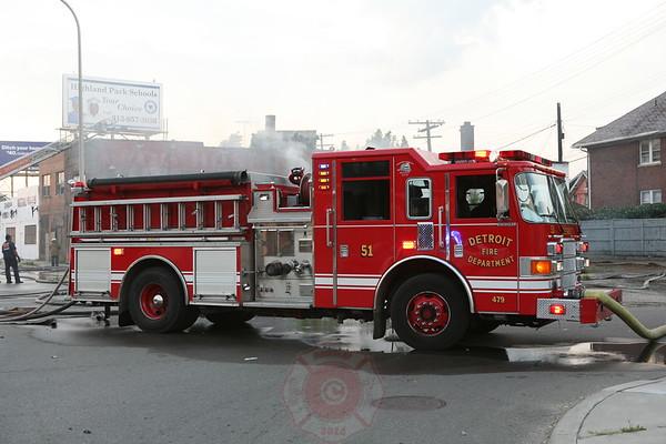 Detroit Fire Department Commercial Building Fire Woodward Avenue &  W. Dakota August 01, 2008