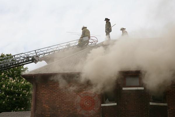 Detroit Fire Department Dwelling Fire 2188 Sheridan May 26, 2008