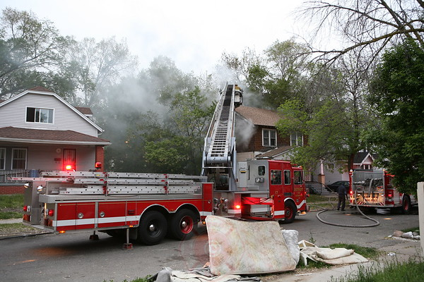 Detroit Fire Department Dwelling Fire 16171 Prarie May 27, 2008