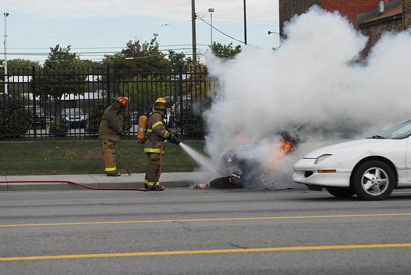 Detroit - Car Fire on East Jefferson October 9, 2007