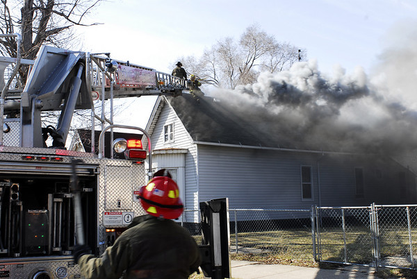 Detroit, MI Box Alarm 1203 Meldrum April 3, 2008