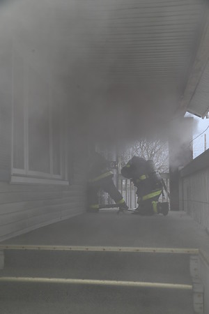 2017 UNIT 1 BOX ALARM WYOMING & PLYMOUTH 2.22.17