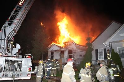 BOX ALARM 5820 PROCTOR UNIT 1 DWELLING FIRE (10-29-2016)