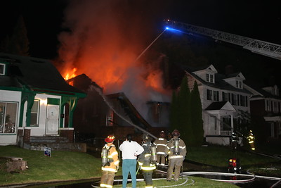 BOX ALARM 754 CHALMERS UNIT 1 FIRE IN A DWELLING (10-30-2016)
