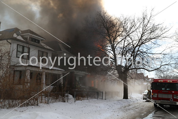 BOX ALARM PHILADELPHIA & WOODROW WILSON FIRE IN FIVE DWELLINGS UNIT 1 (03-07-2015)
