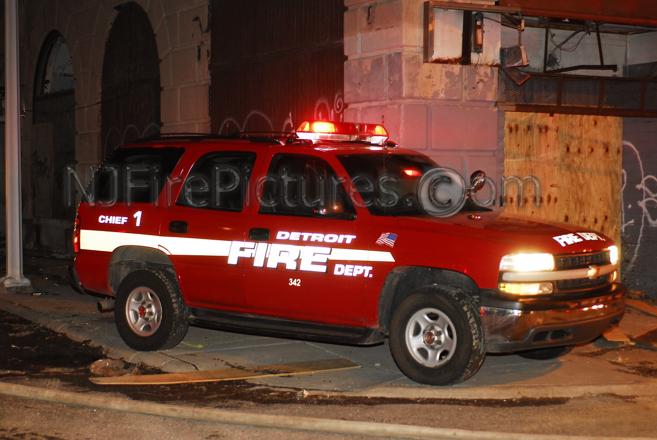Detroit Chief 1 - 2002 Chevy Tahoe