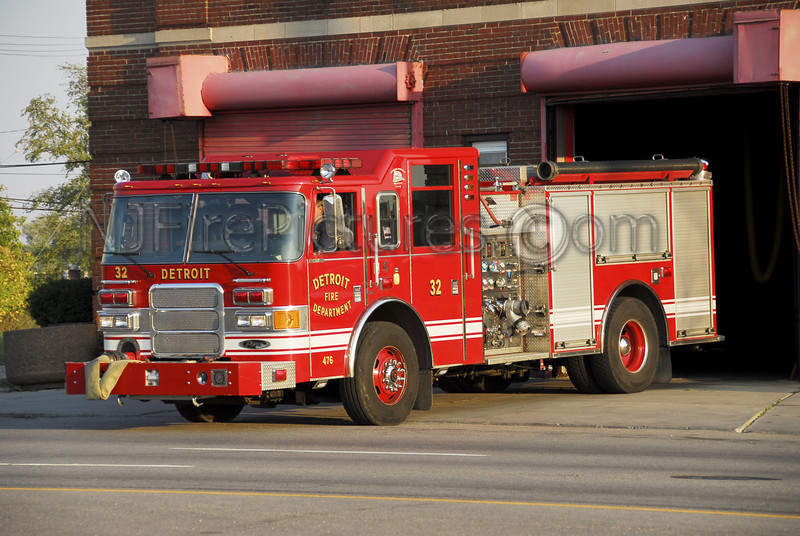 DETROIT, MI ENGINE 32