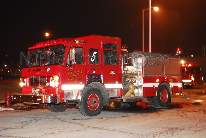 DETROIT, MI ENGINE 5