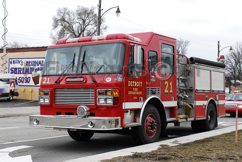 DETROIT, MI ENGINE 21