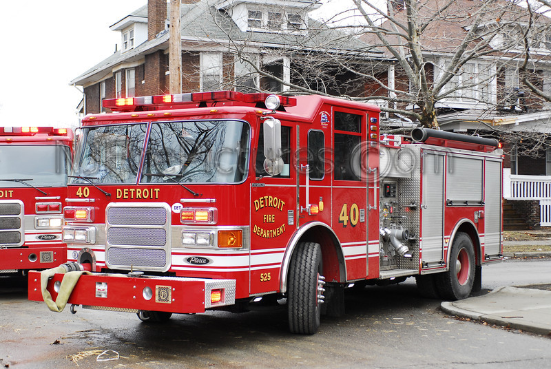 Engine 40 - 2007 Pierce 1250/500 #525