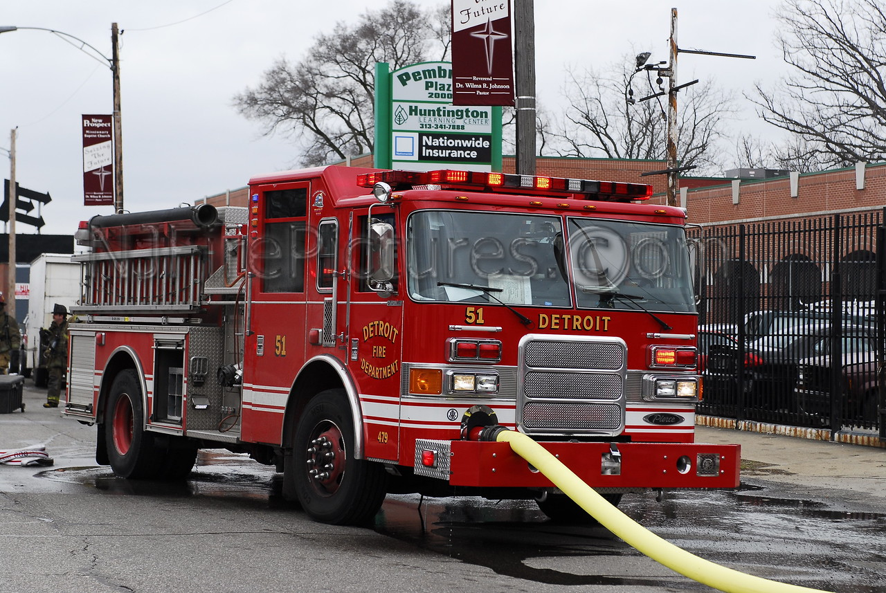 Engine 51 - 2005 Pierce 1250/500/50 #479