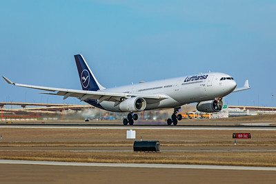 Lufthansa Airbus A330-343 D-AIKD 1-12-20