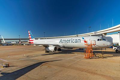 American Airlines Airbus A321-231 N165NN 12-9-20