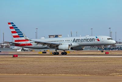 American Airlines Boeing 757-223 N196AA 1-12-20
