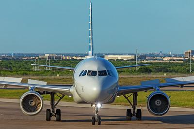 American Airlines Airbus A319-112 N757UW 5-6-20