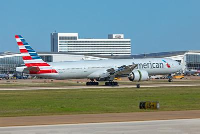 American Airlines Boeing 777-323(ER) N723AN 5-6-20