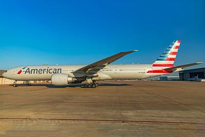 American Airlines Boeing 777-323(ER) N726AN 1-27-21