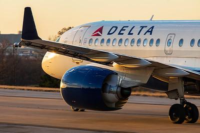 Delta Air Lines Airbus A220-100 N127DU 3-4-21 2