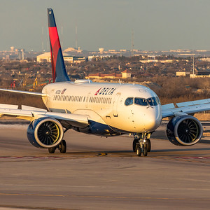 Delta Air Lines Airbus A220-100 N127DU 3-4-21 5