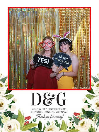 D&G Wedding instant print photo booth in Da Nang - Chụp hình in ảnh lấy liền Tiệc cưới tại Đà Nẵng - WefieBox Photobooth Vietnam