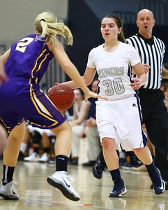 Roosevelt junior guard Taylor Silvestrini, Waukee senior guard Taylor Wingert