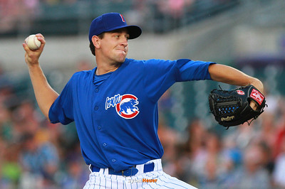 Cubs starter Kyle Hendricks pitches against the Grizzlies at Principal Park in Des Moines, Iowa on Thursday, August 8, 2013.