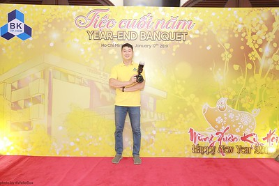 BK-TPHCM-Tiec-Tat-Nien-Year-end-Banquet-instant-print-photobooth-chup-anh-in-hinh-lay-lien-tai-tphcm-saigon-wefiebox-photobooth-vietnam-002