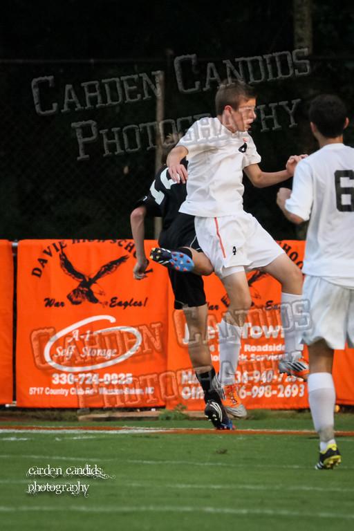 Men's Varsity Soccer vs N Davidson 9-11-14-004