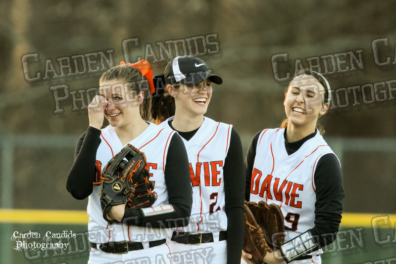 DAVIE VARSITY Ladies Softball vs W Rowan 3-30-15-017
