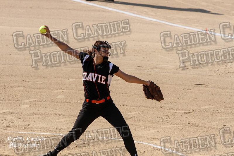 DAVIE VARSITY Ladies Softball vs Parkland 5-5-15-34