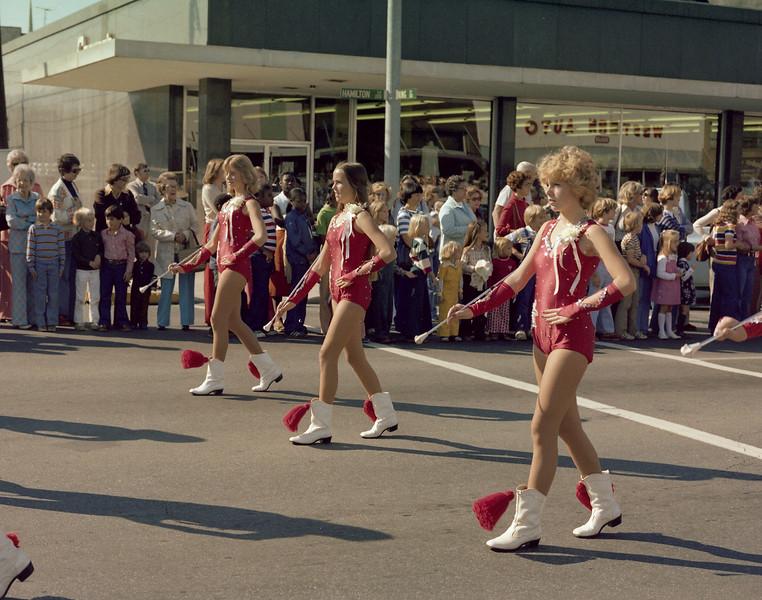 20071221dhsmisc005parademajorettes