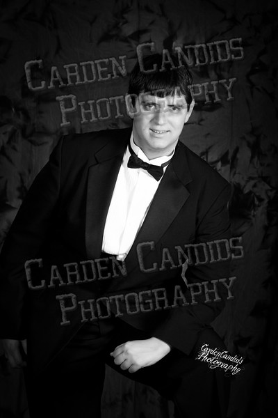 Andrew Ashby Senior Session-006-BW