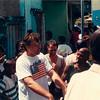 St. Lucia, Castries, Dreharbeiten, Heinz Hausner redet mit den Komparsen