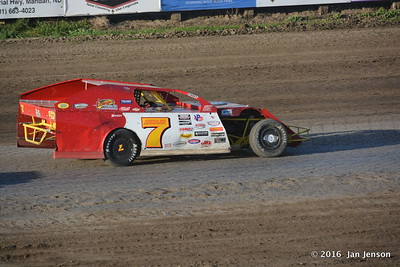 7 Modified @ Dacotah Speedway  7-15-16