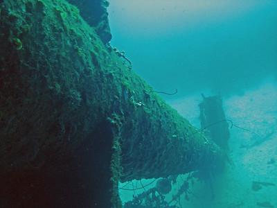 The fallen mast of the Hilma Hooker
